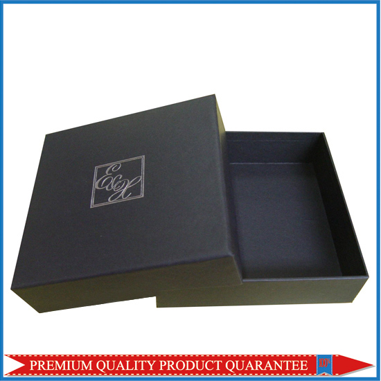 black garment packaging cardboard box