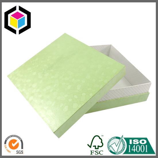 Matte Green Color Print Two Pieces Cardboard Box with Lid